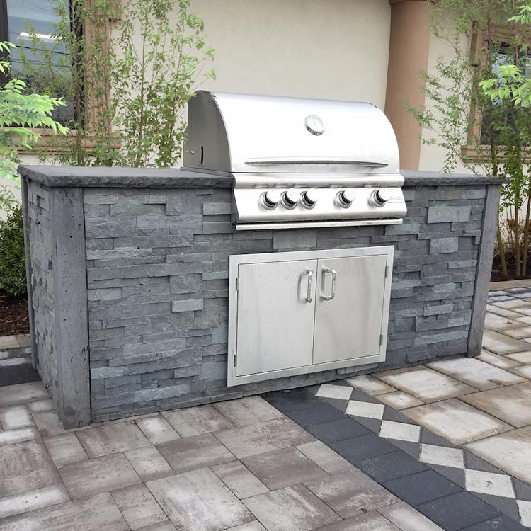 Nicolock Outdoor Kitchen